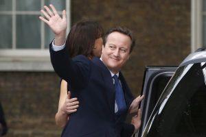 Buvęs Britanijos premjeras traukiasi iš parlamento