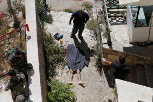 Išpuolis prieš Izraelio pareigūnus: vienas užpuolikas nušautas