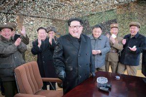 Šiaurės Korėjoje sėkmingai išbandytas naujas raketos variklis