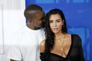K. Kardashian sugrįžo į socialinius tinklus