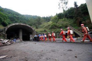Dar vienas sprogimas Kinijos anglių kasykloje: žuvo septyni žmonės