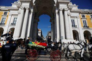 Portugalija atsisveikina su savo demokratijos tėvu