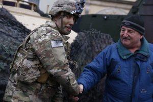Lenkija sveikino į šalį atsiųstus JAV karius