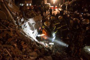 Kinijoje iš po žemės nuošliaužos ištraukta 12 kūnų