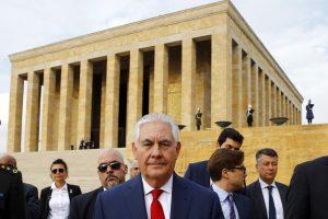 R. Tillersonas susitiko su Turkijos lyderiais