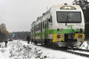 Suomijoje – traukinio ir kariuomenės visureigio avarija, yra žuvusiųjų