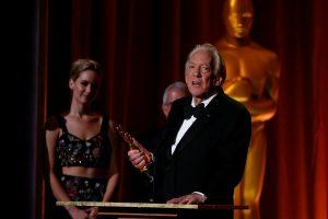 """Garbės """"Oskaras"""" įteiktas kino veteranui D. Sutherlandui"""
