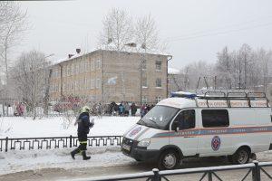 Rusijoje per konfliktą mokykloje peiliais sužeisti 15 žmonių