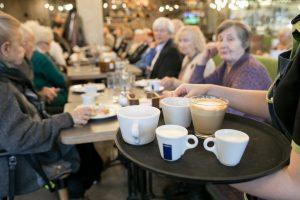 Senjorų Vilniuje laukia 80 kavinių – vaišins nemokama kava