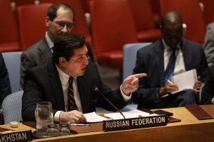 Kremliaus diplomatas puolė britų kolegą: neįžeidinėk Rusijos!