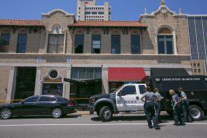 JAV per šaudymą naktiniame klube Arkanzase sužeisti 25 žmonės, 3 sutrypti