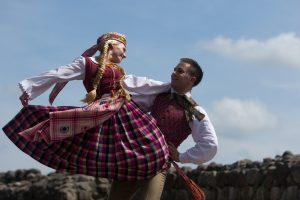 Naujas TV projektas tautinių šokių tradicijas prikels naujam gyvenimui
