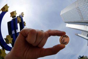 Lenkijai užkliuvo naujos Vokietijos taisyklės dėl minimalaus darbo užmokesčio