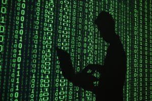 """Rusijos ginkluotosios pajėgos sukūrė """"karinį internetą"""""""
