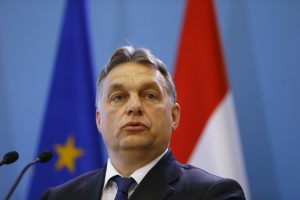 Vengrijos premjeras apie migrantus: ne vaistas, o nuodas – mums jų nereikia