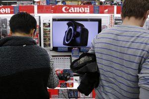 Japonijoje pirmą kartą per beveik 3 metus užfiksuotas užsienio prekybos perteklius