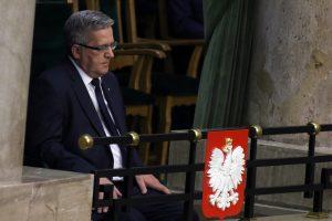 Lenkija: B. Komorowskis Lietuvoje aptarė tėvynainių problemas