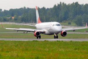 """""""West Express"""" apribojo """"Air Lituanica"""" bilietų pardavimą"""