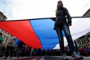 Rusija atidėjo galutinį svarstymą dėl garsios teisių gynimo organizacijos