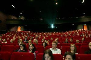 Už suteiktą galimybę atsisiųsti filmus internetu grės baudos?