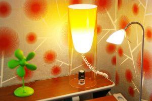 Energiją taupančios lemputės gali pakenkti odai