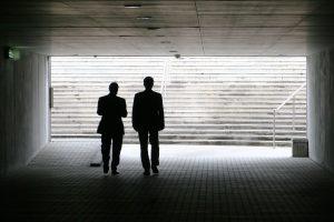 Griežtinama smulkiųjų akcininkų apsauga