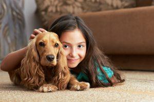 Kaip išsirinkti ir prižiūrėti kilimą vaikų kambaryje?