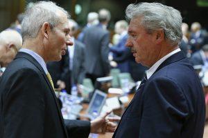"""""""EUobserver"""": ES atsakas į referendumą Kryme bus """"ribotos sankcijos"""""""