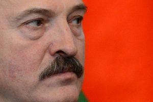 """A. Lukašenka pataria naujajai Ukrainos valdžiai """"mažiau bėgioti po užsienius"""""""