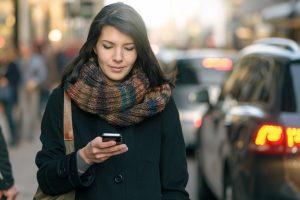 Švedų sprendimas leis prie interneto prijungti kiekvieną automobilį