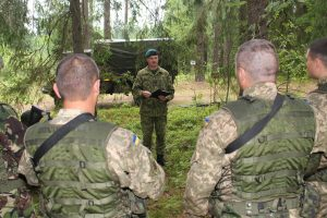 Siūloma steigti Lietuvos karinę mokymų misiją Ukrainoje