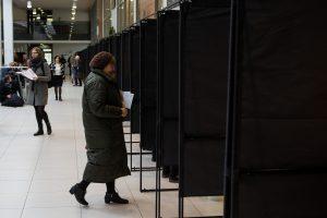 Antrajame merų rinkimų ture jau balsavo per 3 proc. rinkėjų