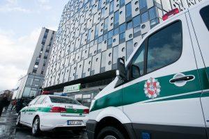Vilniaus policija aukcione parduoda automobilius ir šieną