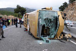 Per autobuso avariją netoli Antalijos kurorto žuvo keturi žmonės