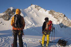 Italijos Ir Prancūzijos Alpėse per ledo griūtis žuvo šeši alpinistai