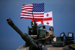 Vokietiją pasiekė JAV tankai, siunčiami į Lenkiją ir Baltijos šalis