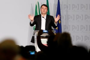 Buvęs Italijos premjeras M. Renzi atsistatydino iš partijos vadovų