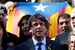 C. Puigdemont'as atsisako grįžti į Katalonijos lyderio postą