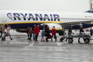 """""""Ryanair"""" ir """"Wizz Air"""" pradeda taikyti naujas bagažo taisykles"""