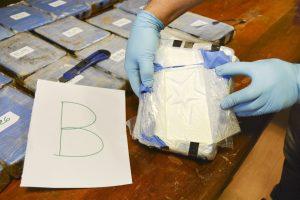Rusijos ambasadoje Argentinoje aptikta beveik 400 kg kokaino