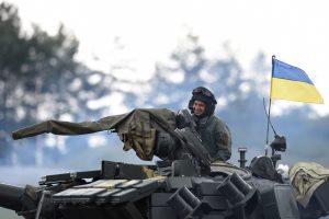 JAV gali nutraukti karinę pagalbą Ukrainai
