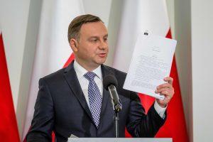 A. Duda Lenkijai siūlo naują teismų reformą