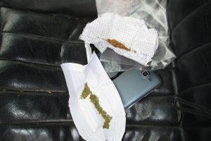 Klaipėdoje sulaikyti nuo narkotikų apsvaigę jaunuoliai