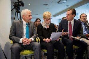 V. Ušackas ragina atidėti konservatorių pirminius rinkimus