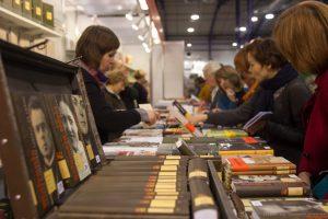 Knygų mugėje – akcentai Lietuvos ir kitų valstybių šimtmečiams