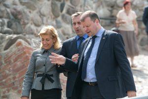 Po pokalbio su premjeru ministrė persigalvojo: atleidžia patarėją L. Kontrimą