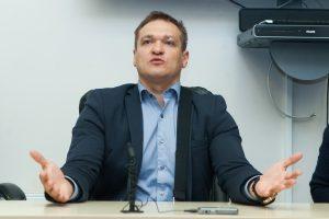 Ministras kol kas skeptiškai vertina galimybę įvesti balsavimą internetu