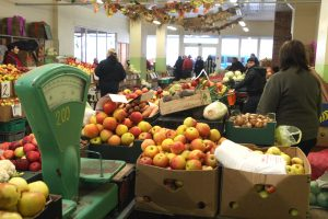 Kvitų loterija: 5 tūkst. eurų laimėjo obuolius turguje pirkusi vilnietė
