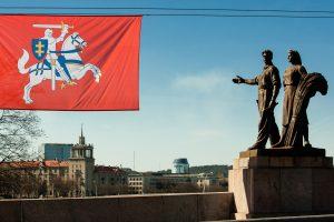 Vilniaus Žaliojo tilto skulptūrų nukėlimas – nuo kitos savaitės