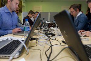 Ekspertai: kibernetinės atakos tampa vis sudėtingesnės ir jų daugėja